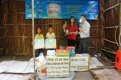 Chương trình từ thiện hàng tuần của Công ty đợt thứ 243